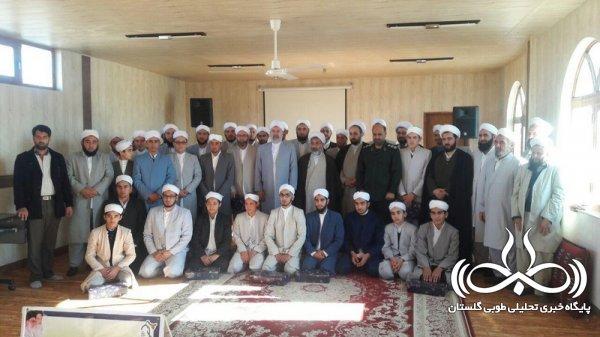محفل انس با طلاب حوزه علمیه اهل سنت محمدیه نگین شهر برگزارشد
