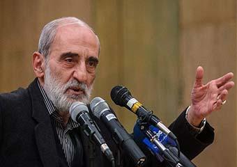 آقای روحانی در اولین روز انتخاب خود سایه جنگ را از آمریکا هدیه گرفت
