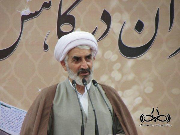 تمام مساجد و پایگاه های فرهنگی سراسر استان باید روحانی محور باشند