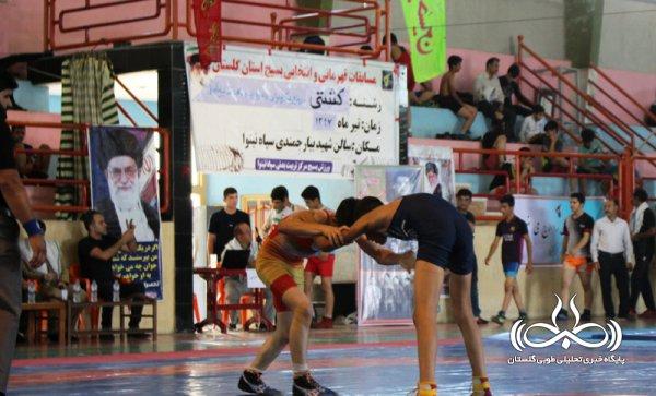 مسابقات قهرمانی و انتخابی کشتی آزاد بسیج گلستان / تصاویر